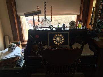 joe mcgee desk