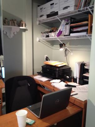 maureen fergus desk
